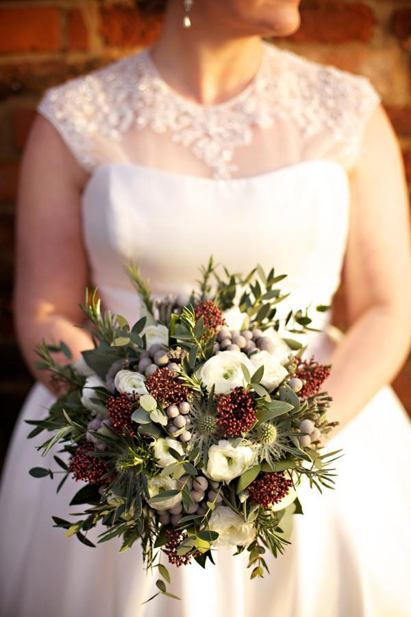 15 wonderful winter wedding bouquets fiftyflowers the blog. Black Bedroom Furniture Sets. Home Design Ideas